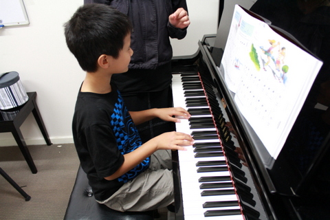 Glen_Music_Piano _Lesson_3.JPG
